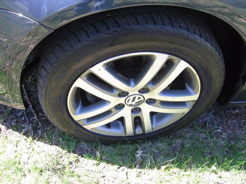 2005 Volkswagen Jetta New 2.5 4dr Sedan - Muskego WI