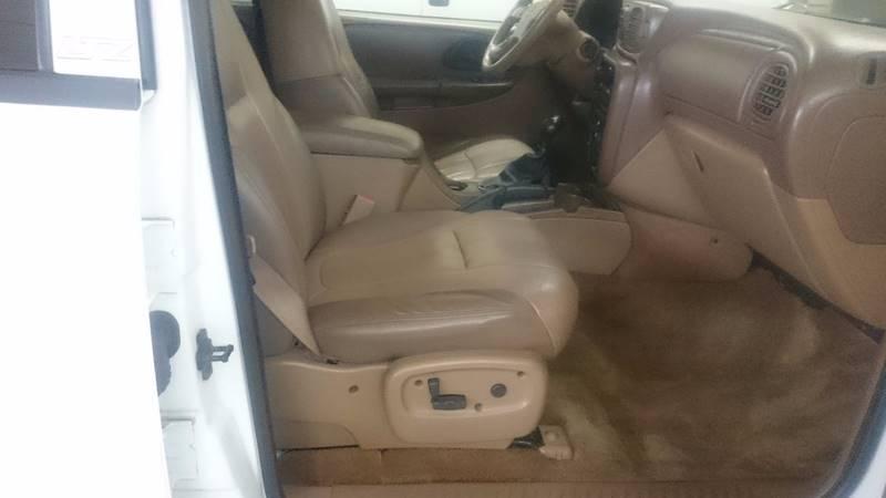 2002 Chevrolet TrailBlazer LTZ 4WD 4dr SUV - Lapeer MI