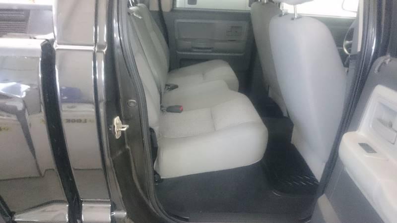 2008 Dodge Dakota SXT 4dr Crew Cab 4WD SB - Lapeer MI