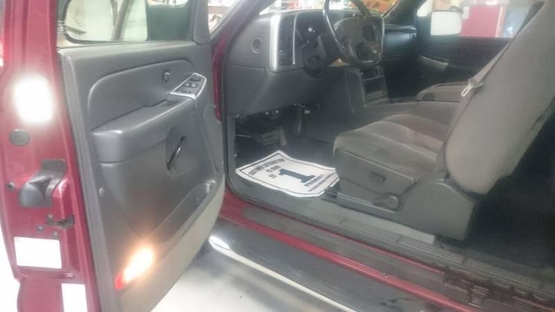 2005 GMC Sierra 2500HD 4dr Extended Cab SLE 4WD SB - Lapeer MI