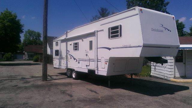 1999 Dutchmen CLASSIC  for sale at LA Auto & RV Sales and Service in Lapeer MI