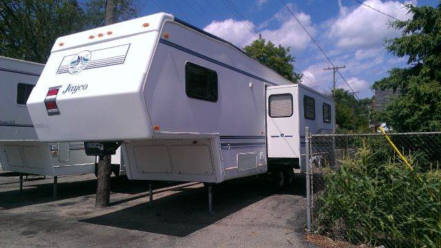 1997 Jayco 30' REAR KITCHEN for sale at LA Auto & RV Sales and Service in Lapeer MI