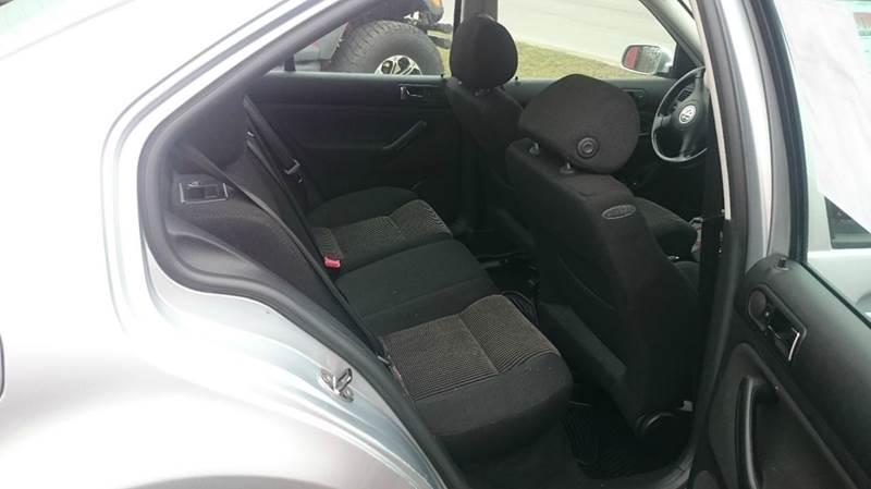 2003 Volkswagen Jetta 4dr Wolfsburg Turbo Sedan - Lapeer MI