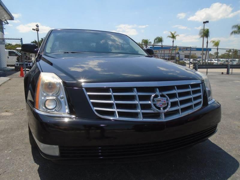 2008 Cadillac DTS Luxury II 4dr Sedan - West Palm Beach FL