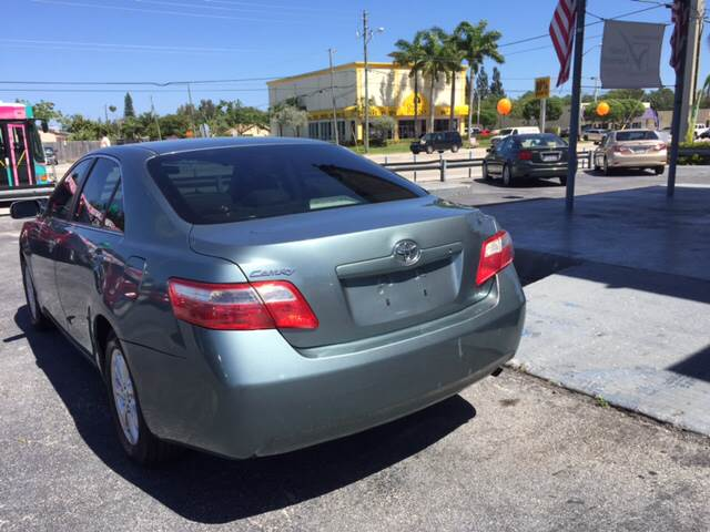 2007 Toyota Camry LE 4dr Sedan (2.4L I4 5A) - West Palm Beach FL