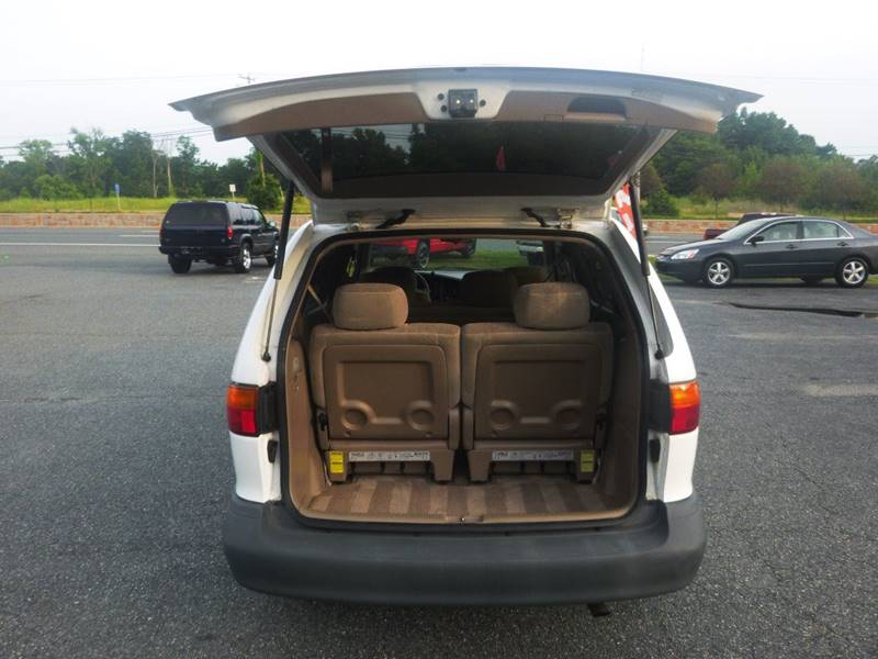 1999 Toyota Sienna for sale at Shepherd Auto Sales in Joppa MD
