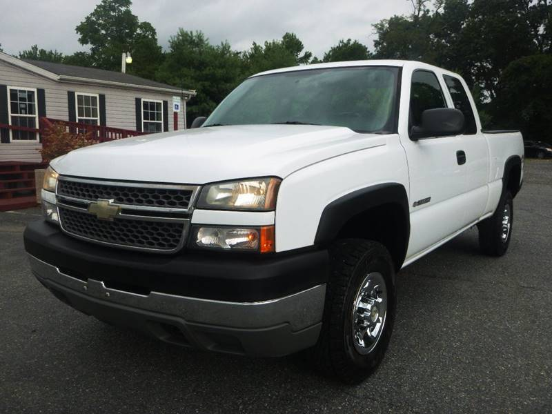 2005 Chevrolet Silverado 2500HD for sale at Shepherd Auto Sales in Joppa MD