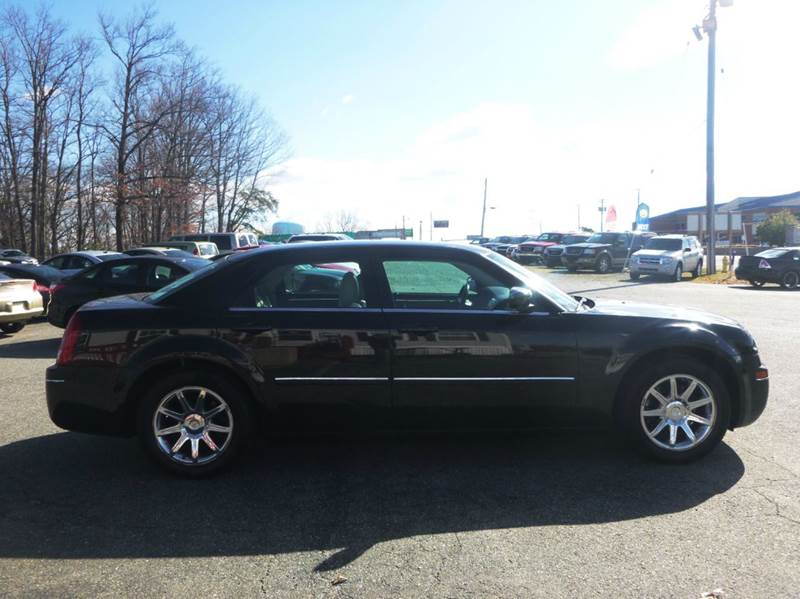 2006 Chrysler 300 for sale at Shepherd Auto Sales in Joppa MD