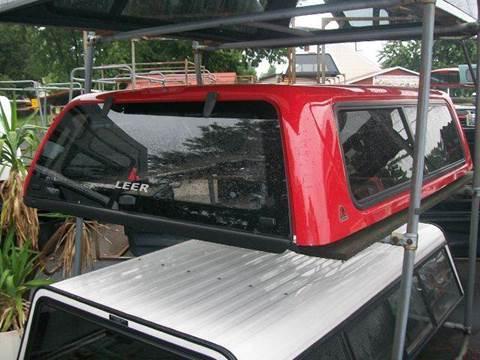 2013 Leer XR Truck Cap Silverado  for sale in Hopewell, VA