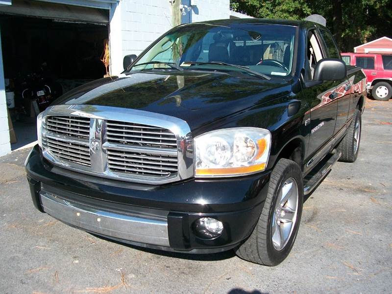 2006 Dodge Ram Pickup 1500 for sale at Southern Auto Sales Inc - Southern Auto & Cap Sales Inc in Hopewell VA