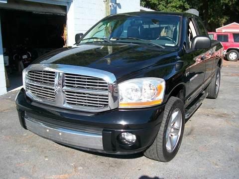 2006 Dodge Ram Pickup 1500 SLT for sale at Southern Auto Sales Inc - Southern Auto & Cap Sales Inc in Hopewell VA