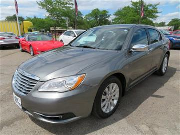 2013 Chrysler 200 for sale in Wayne, MI
