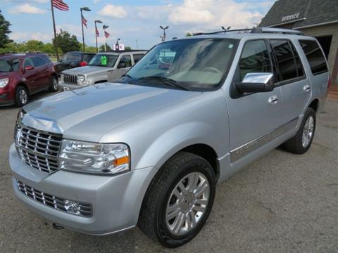 2011 Lincoln Navigator for sale in Wayne, MI