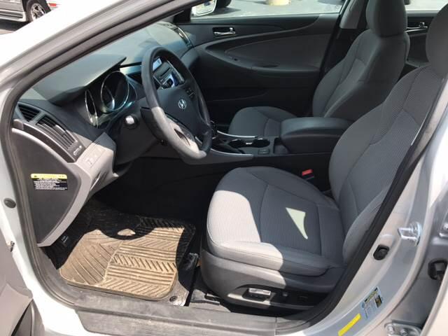 2013 Hyundai Sonata GLS 4dr Sedan - Rockford IL