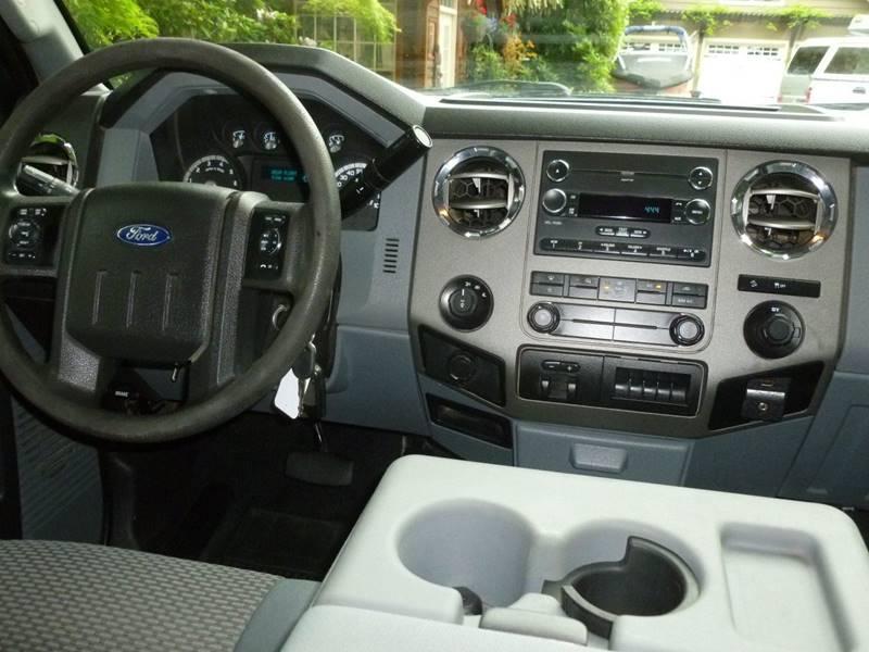 2012 Ford F-250 Super Duty 4x4 XLT 4dr Crew Cab 6.8 ft. SB Pickup - Portland OR