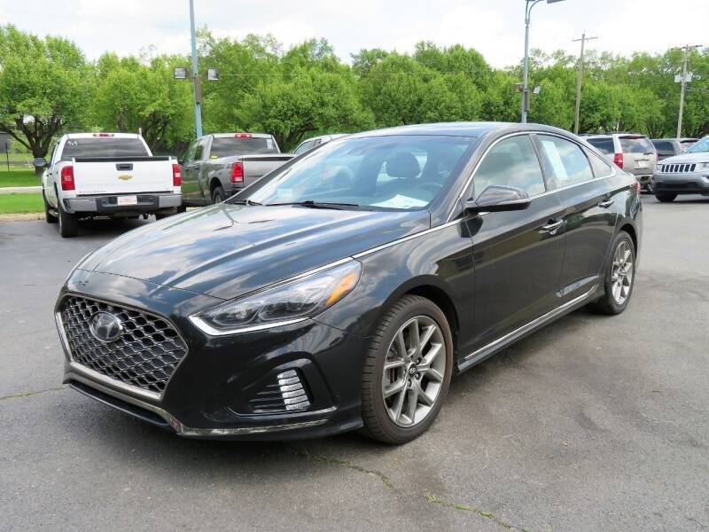 2018 Hyundai Sonata for sale at Low Cost Cars in Circleville OH