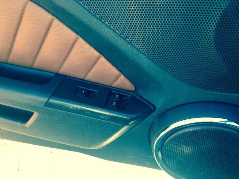 2010 Ford Mustang V6 2dr Convertible - Camdenton MO