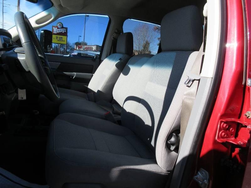 2008 Dodge Ram Pickup 2500 SLT 4dr Quad Cab 4WD LB - Bend OR