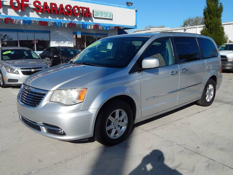Chrysler Town and Country 2011 Touring 4dr Mini Van