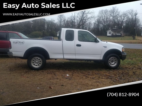 2000 Ford F-150 XL for sale at Easy Auto Sales LLC in Charlotte NC