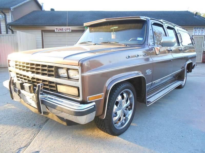 1989 suburban specifications