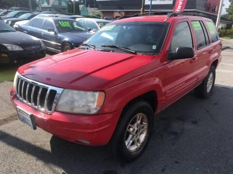 1999 Jeep Grand Cherokee for sale at American Dream Motors in Everett WA