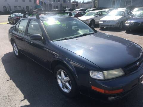 1997 Nissan Maxima for sale at American Dream Motors in Everett WA