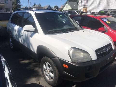 2005 Hyundai Tucson for sale at American Dream Motors in Everett WA
