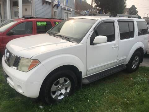 2005 Nissan Pathfinder for sale at American Dream Motors in Everett WA