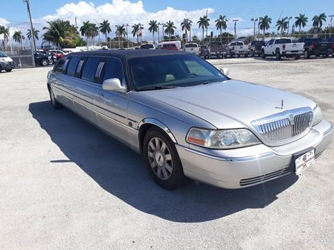2003 Lincoln Town Car for sale at LAND & SEA BROKERS INC in Deerfield FL