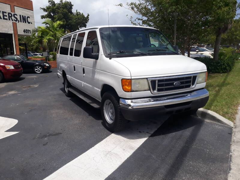 2007 Ford E-Series Wagon for sale at LAND & SEA BROKERS INC in Deerfield FL