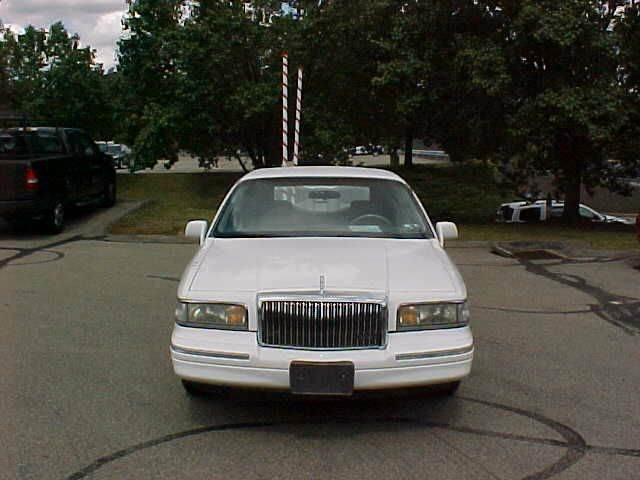 1996 Lincoln Town Car Executive 4dr Sedan In Pittsburgh Pa North