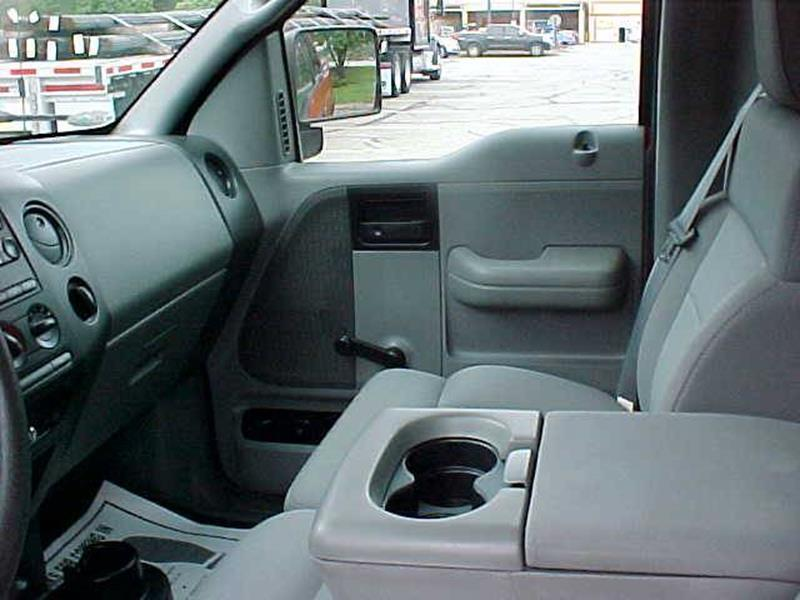 2004 Ford F-150 2dr Regular Cab XLT 4WD Styleside 6.5 ft. SB - Pittsburgh PA
