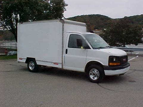 2003 GMC GMC BOX TRUCK for sale in Pittsburgh, PA
