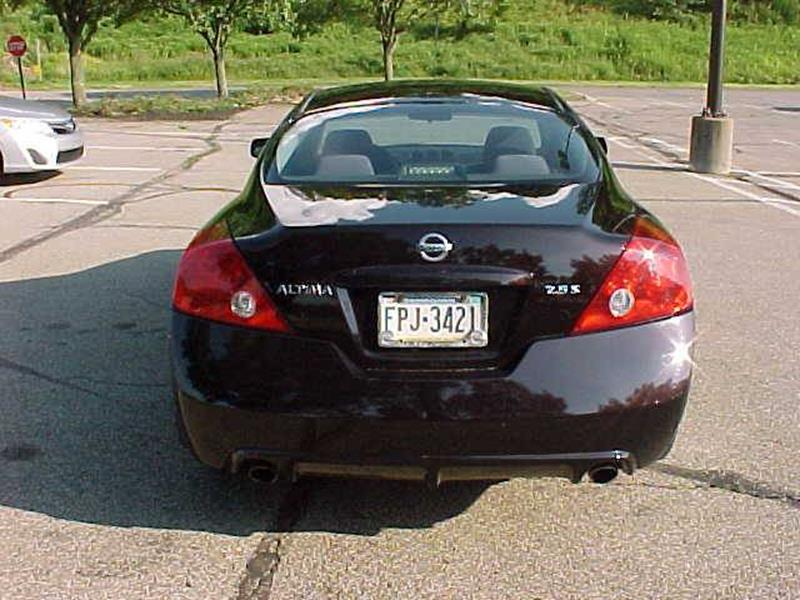 2010 Nissan Altima 2.5 S 2dr Coupe CVT - Pittsburgh PA