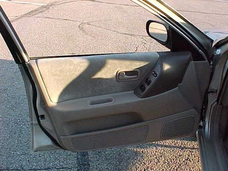 1995 Nissan Altima GXE 4dr Sedan - Pittsburgh PA