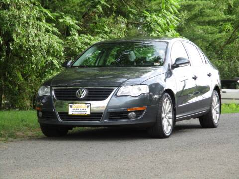 2010 Volkswagen Passat for sale at Loudoun Used Cars in Leesburg VA