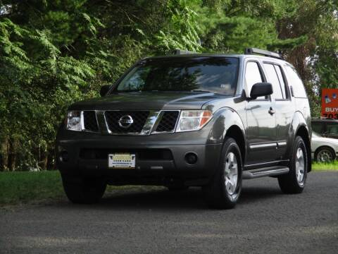 2005 Nissan Pathfinder for sale at Loudoun Used Cars in Leesburg VA