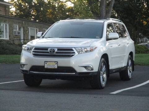 2011 Toyota Highlander for sale at Loudoun Used Cars in Leesburg VA