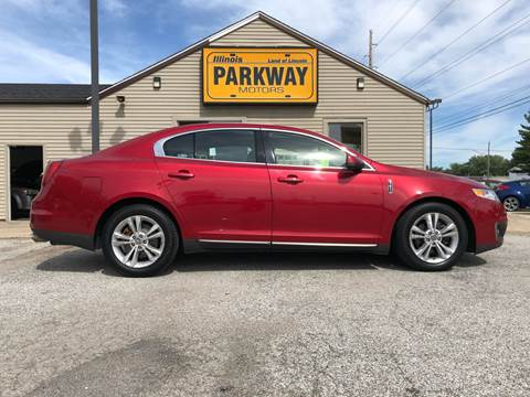 2010 Lincoln MKS for sale at Parkway Motors in Springfield IL