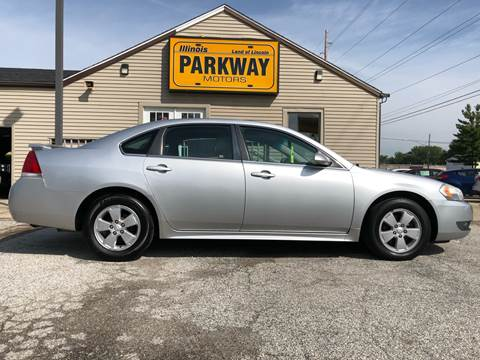 2010 Chevrolet Impala for sale at Parkway Motors in Springfield IL