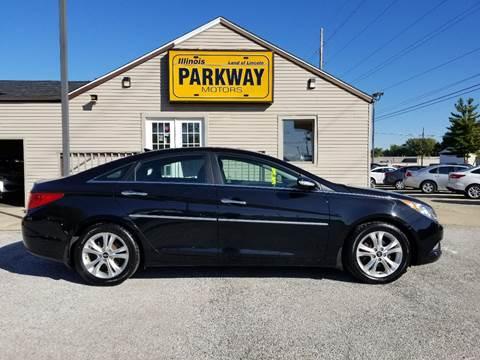 2013 Hyundai Sonata for sale at Parkway Motors in Springfield IL
