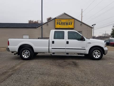 2005 Ford F-350 Super Duty for sale at Parkway Motors in Springfield IL