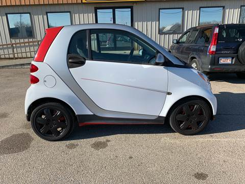 2015 Smart fortwo for sale at Parkway Motors in Springfield IL