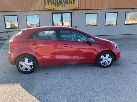 2012 Kia Rio 5-Door for sale at Parkway Motors in Springfield IL