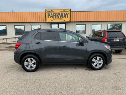 2017 Chevrolet Trax for sale at Parkway Motors in Springfield IL
