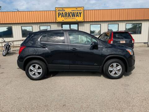 2015 Chevrolet Trax for sale at Parkway Motors in Springfield IL