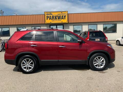 2014 Kia Sorento for sale at Parkway Motors in Springfield IL