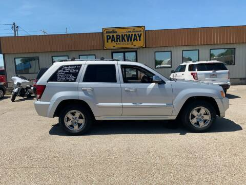2006 Jeep Grand Cherokee for sale at Parkway Motors in Springfield IL