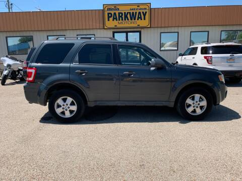 2009 Ford Escape for sale at Parkway Motors in Springfield IL